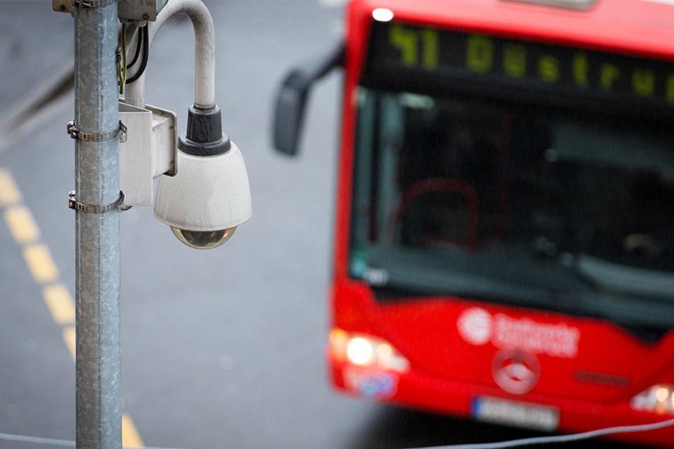 Nach Informationen des MDR soll es in Sachsen, Sachsen-Anhalt und Thüringen über 5000 Überwachungskameras geben.