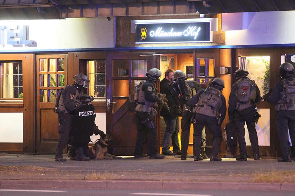 In diesem Hotel wurden die mutmaßlichen Täter im Mai von SEK-Beamten festgenommen.