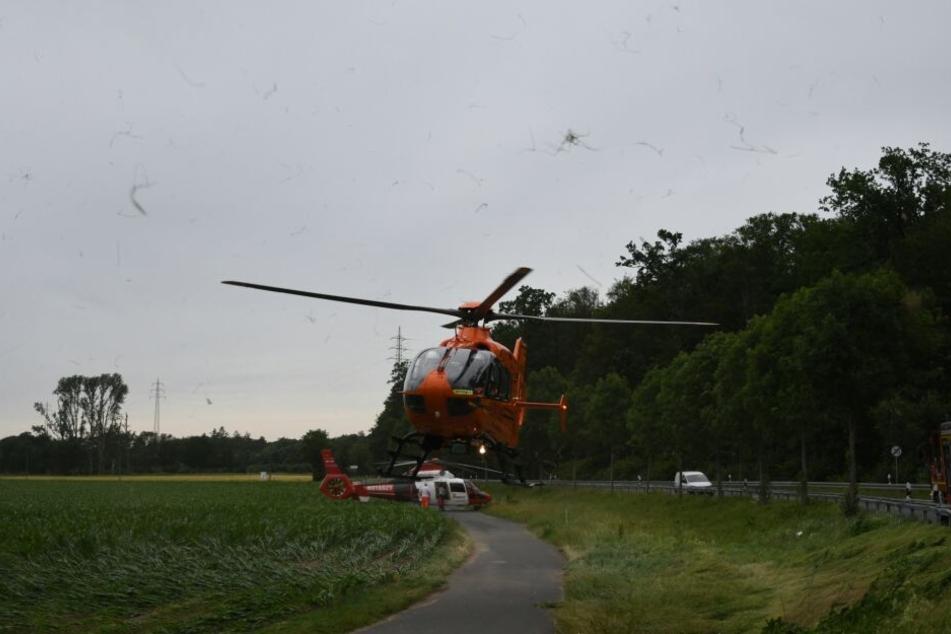 Gleich zwei Rettungshubschrauber landeten an der Unfallstelle.