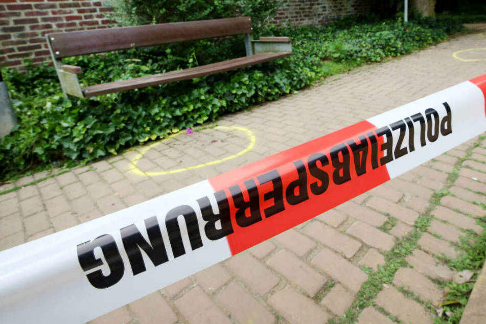 """Tödliche Messer-Attacke auf 15-Jährige: Angeklagter (17) """"betrachtete Opfer als Eigentum"""""""
