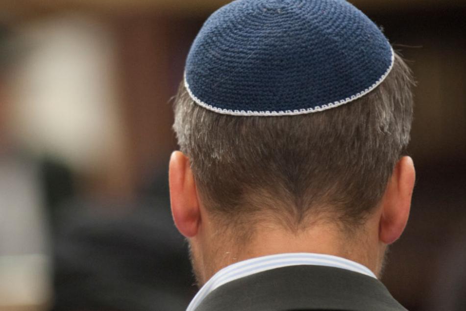Ein jüdischer Mann und seine Familie haben schlechte Erfahrungen in einem Berliner Restaurant gemacht (Symbolbild).