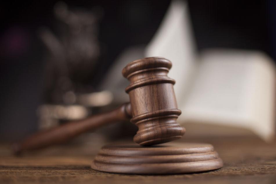 Der Mann wurde zu einer zweijährigen Haftstrafe verurteilt.