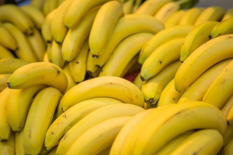 Ernährungs-Blogger sicher: Darum sollte man Bananenschalen mitessen