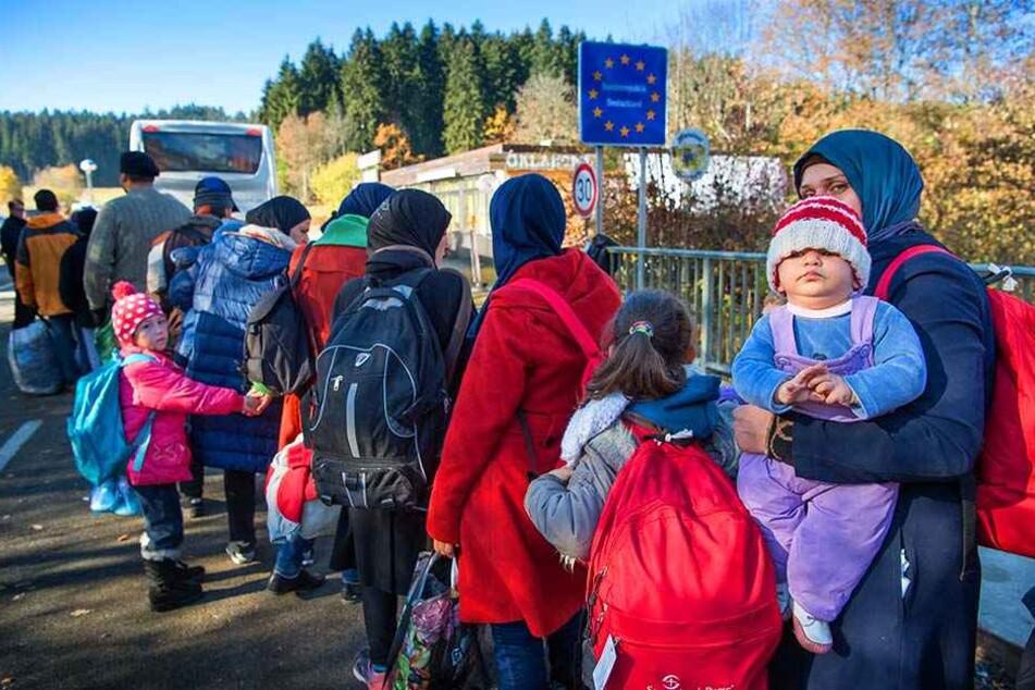 Bisher ist noch unklar, wie viele Flüchtlinge 2017 nach NRW kommen. Doch die Situation wird nicht einfacher.