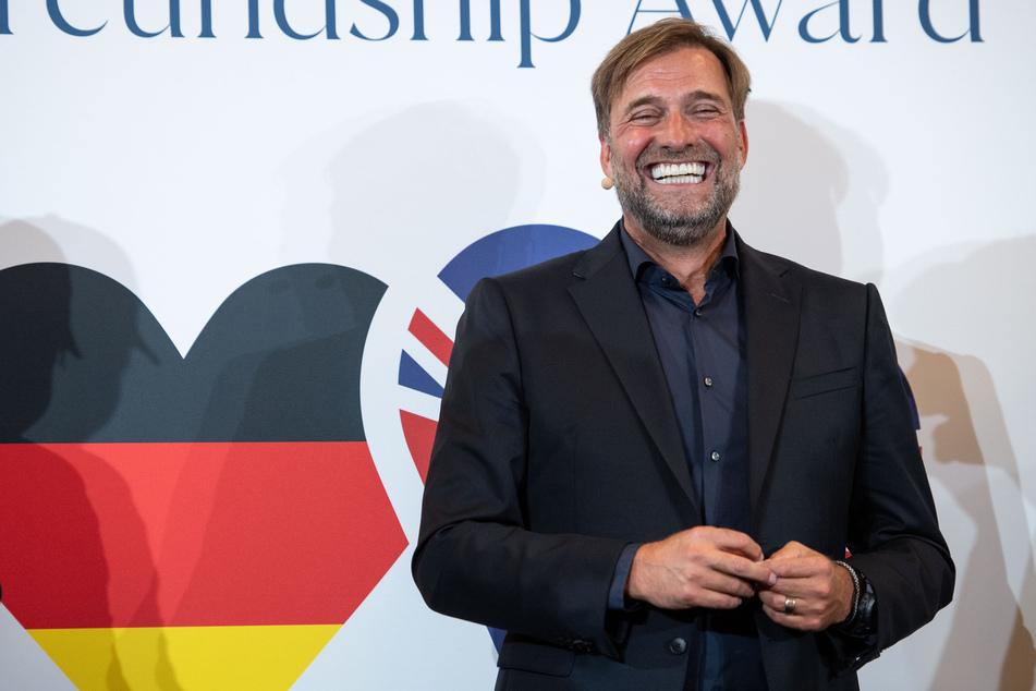 Hat Jürgen Klopp (54) bald noch mehr Grund zum Lachen? Der Coach ist heiß auf ein Talent seines Ex-Vereins.