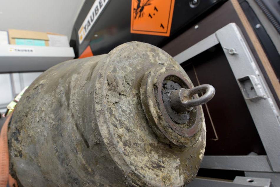 Nachdem bereits zwei Fliegerbomben aus dem zweiten Weltkrieg gefunden und erfolgreich entschärft wurden, fand man nun eine dritte Bombe auf der selben Baustelle.