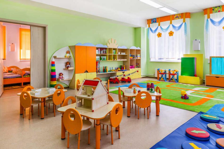 Ungeimpfte Kinder werden bei der Anmeldung im Kindergarten abgelehnt. (Symbolbild)