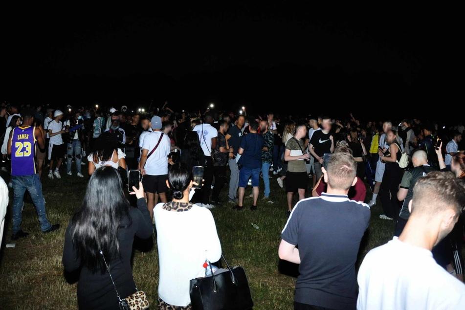 Die Festwiese im Hamburger Stadtpark war in der Nacht zu Sonntag wieder voll. (Archivbild)