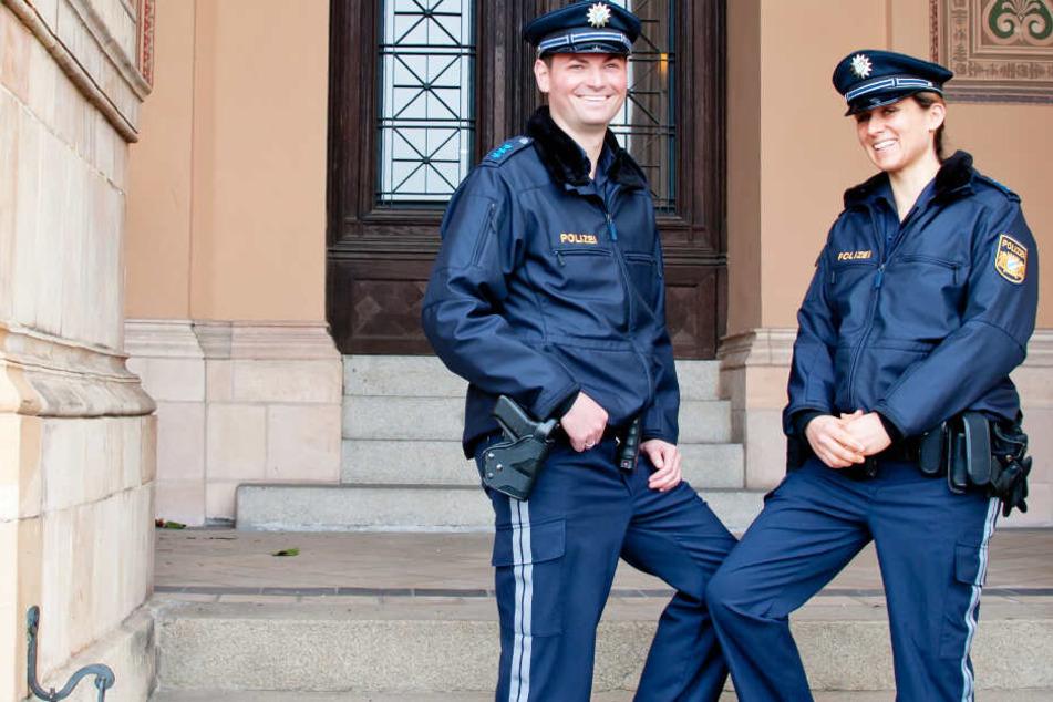 Zahlreiche Polizeibeamte waren in Bayern neu eingekleidet worden. (Archivbild)