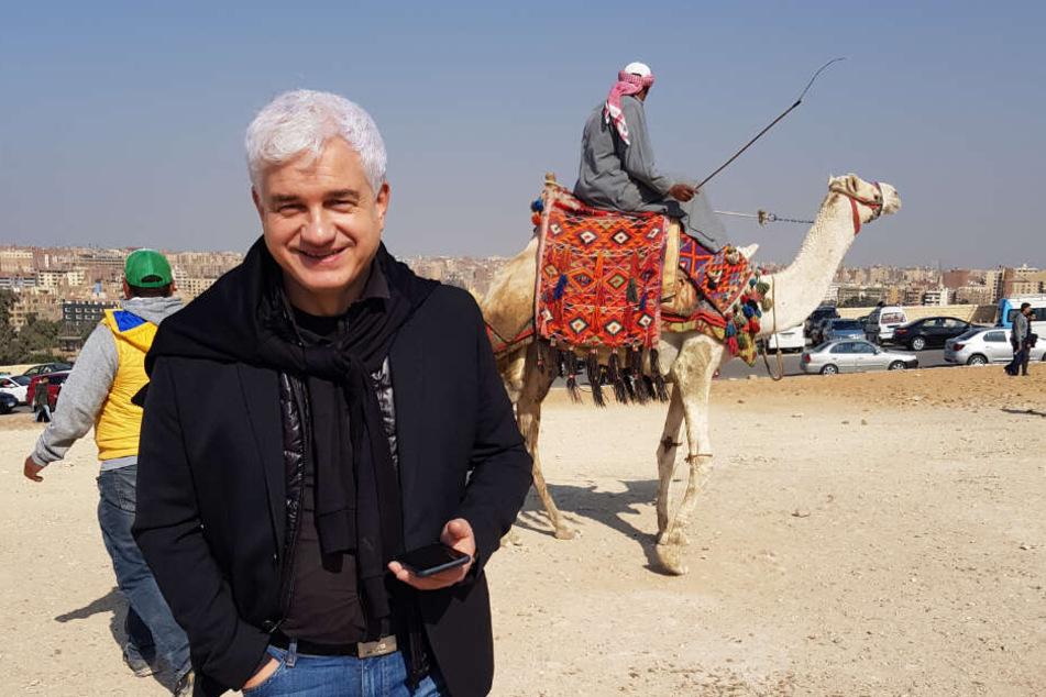 In der Wüste: Hans-Joachim Frey fand in Kairo auch noch Zeit zum Kamelegucken.
