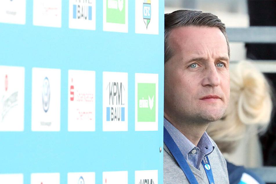 Sport-Geschäftsführer Thomas Sobotzik blickt optimistisch in die himmelblaue Zukunft.