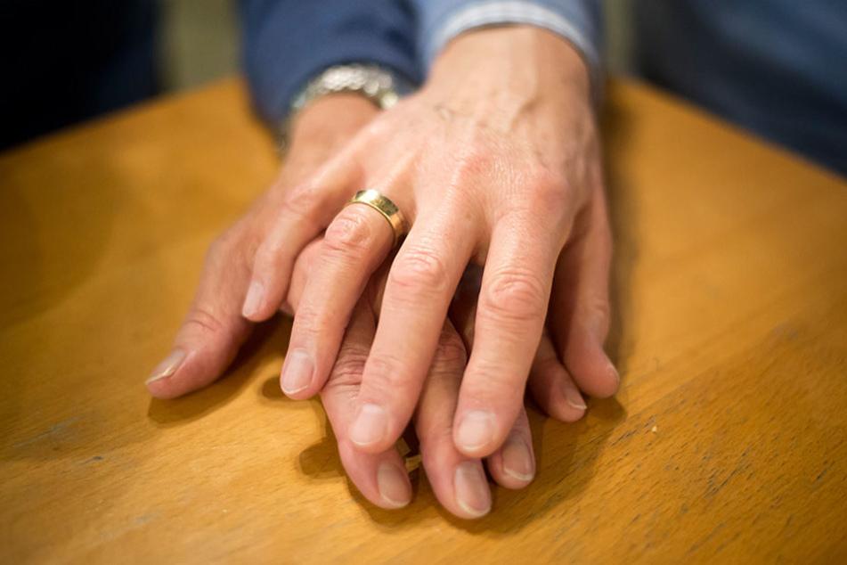 Durch das neue Gesetz ist die Ehe unter gleichgeschlechtlichen Paaren auch in Deutschland möglich.