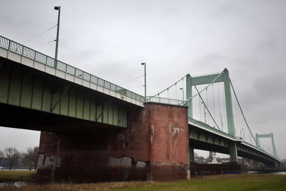 Mülheimer Brücke bald nur noch einspurig