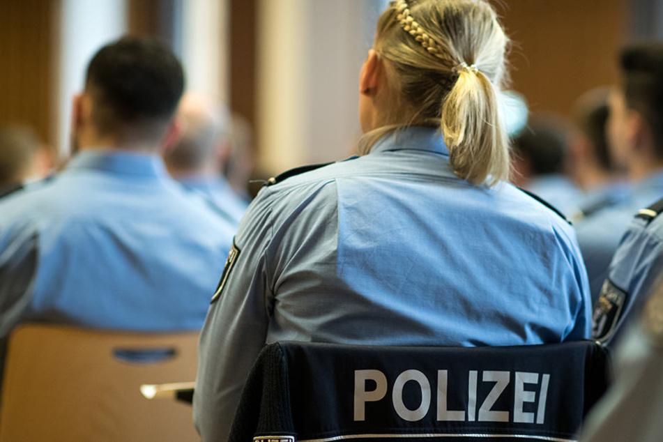Die Täter sollen Polizei-Anwärter sein (Symbolbild).