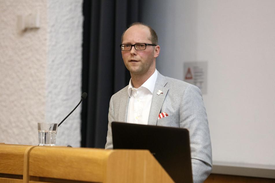 FSV-Vorstandssprecher Tobias Leege spricht Klartext.