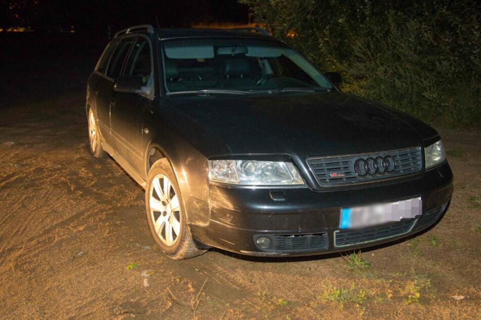 Der Audi am Ende einer wilden Verfolgungsfahrt in Mittelsachsen.