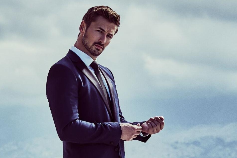 Nicolas Puschmann (28) wird Krawatten statt Rosen verteilen.