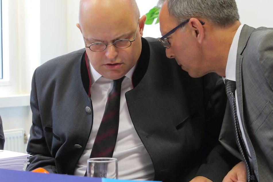 Prof. Elicker (links) und Urban im Gespräch.
