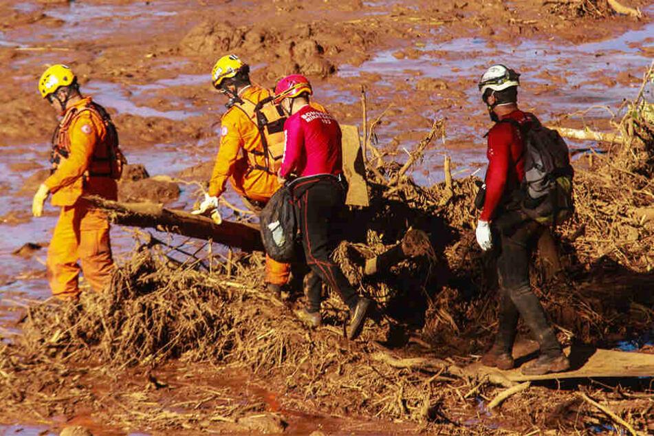 Wohngebiet in Angst! Nach Dammbruch mit mehr als 200 Toten droht nun eine weitere Katastrophe