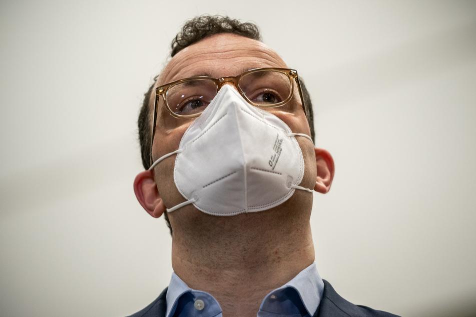 Bundesgesundheitsminister Jens Spahn (40, CDU) hat einen härteren Lockdown gefordert, um die dritte Corona-Welle zu brechen.