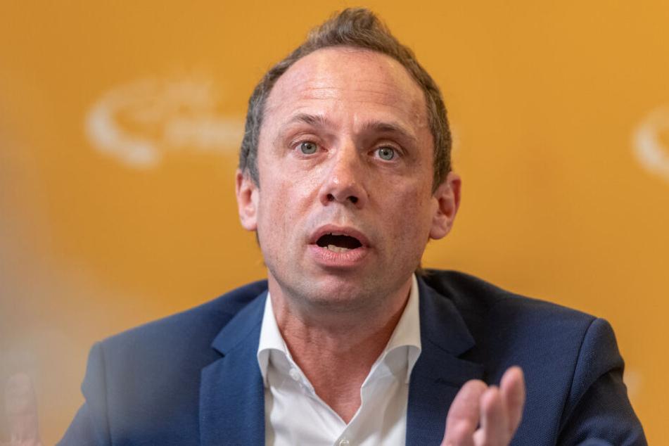 Thorsten Glauber (Freie Wähler), Umweltminister in Bayern, will sich mit den Schülern zusammen setzten.