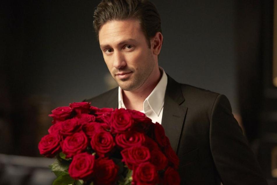 Alle wollen ihn, doch am Ende bekommt nur eine Auserwählte die letzte Rose vom diesjährigen Bachelor Daniel Völz.