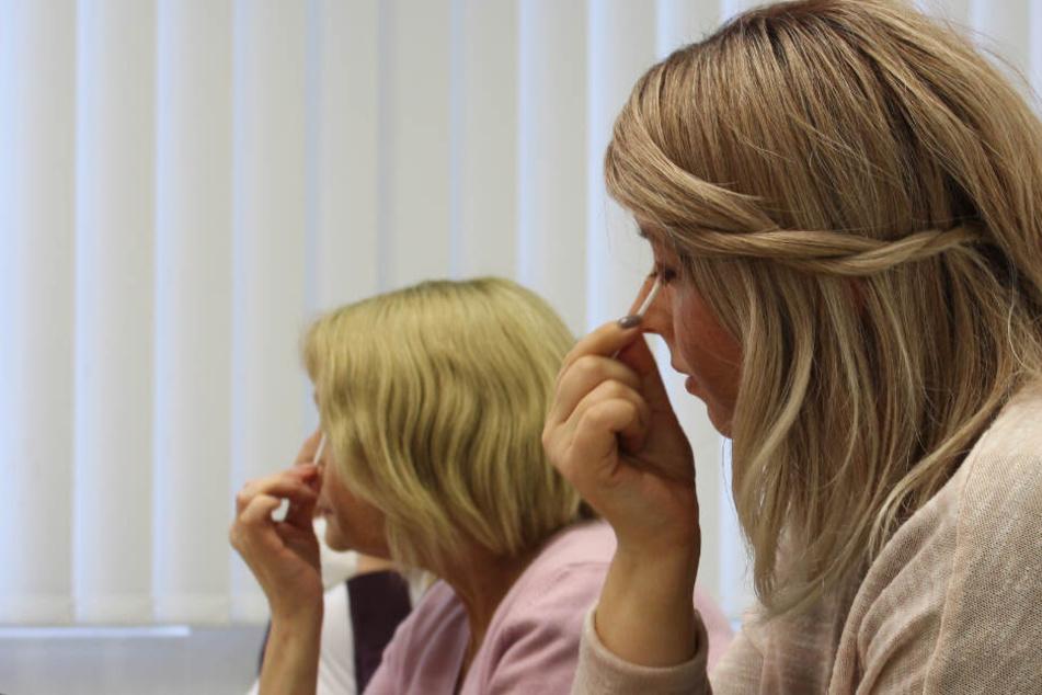 Lidstrich und Krankheit: Wie ein Kosmetik-Kurs krebskranken Frauen helfen kann