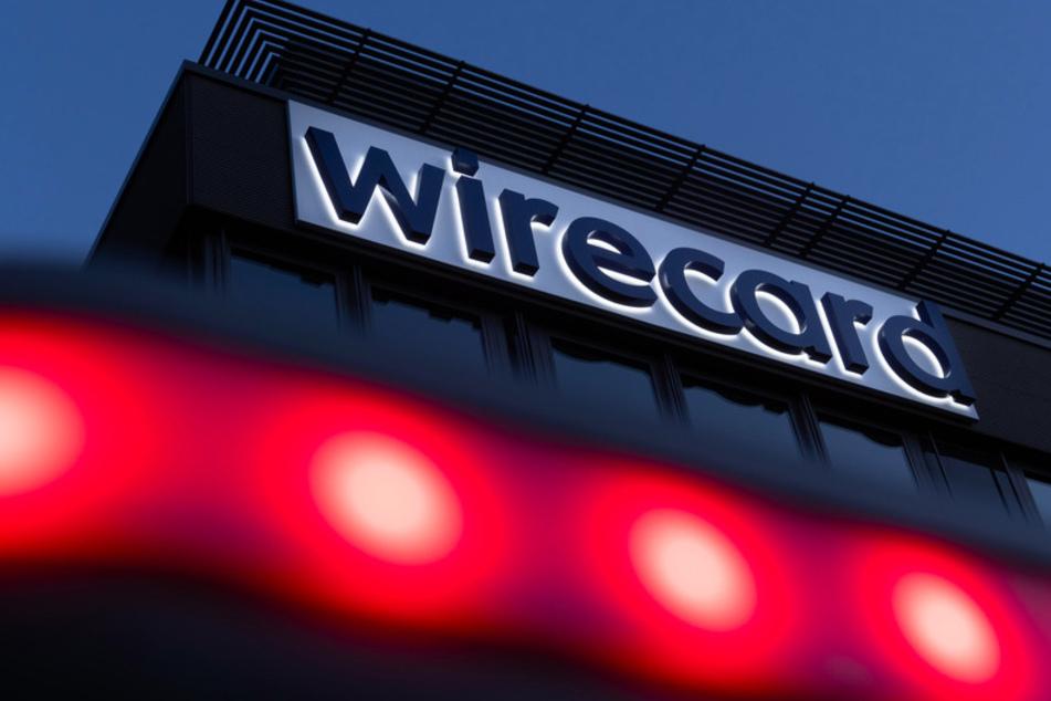 Der Schriftzug von Wirecard ist an der Firmenzentrale des Zahlungsdienstleisters in Aschbeim bei München zu sehen.