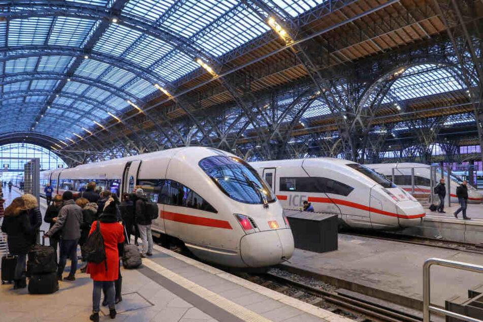 Trotz Elektrifizierung der Strecke nach Chemnitz geht es auch künftig erst ab Leipzig weiter mit dem ICE.