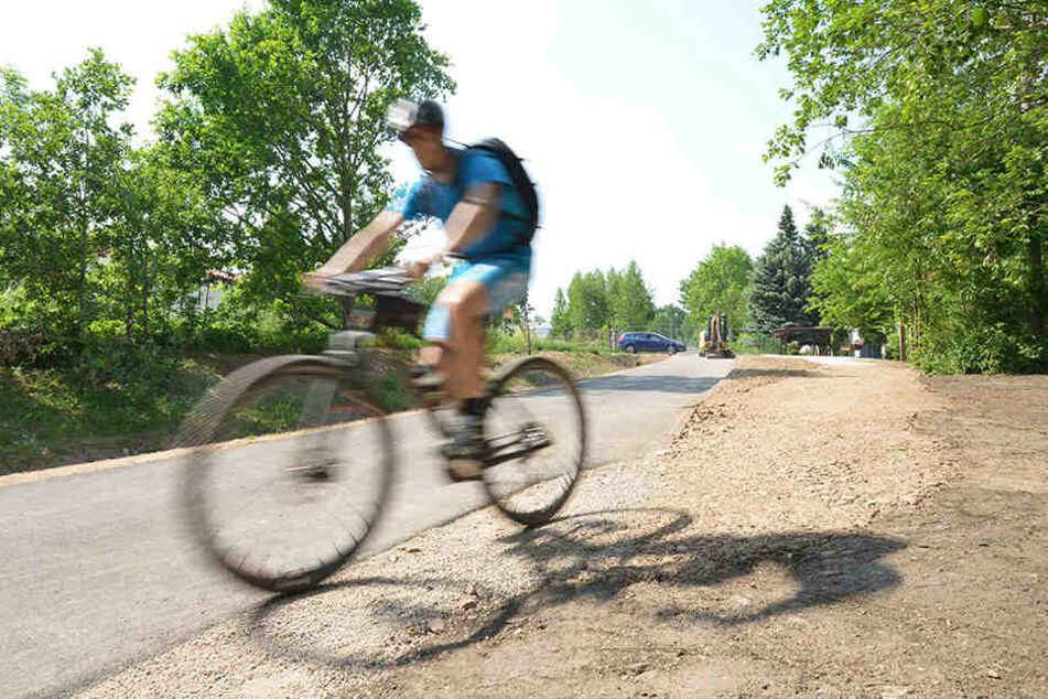 Freie Fahrt auf dem Radweg in Mittelbach. Der ist das erste Teilstück der geplanten Fernradroute, die bis zum Küchwald führen soll.