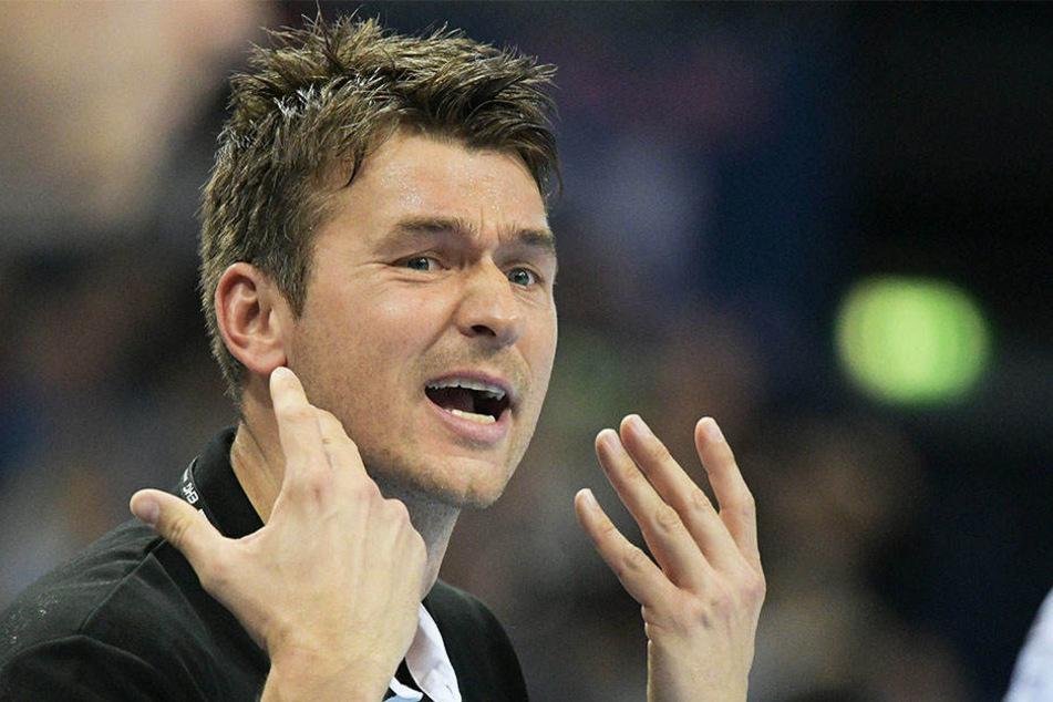 """""""Wir müssen noch an der Disziplin und Bereitschaft, Verantwortung zu übernehmen, zulegen"""", so DHfK-Trainer Christian Prokop nach der Niederlage in Wetzlar."""