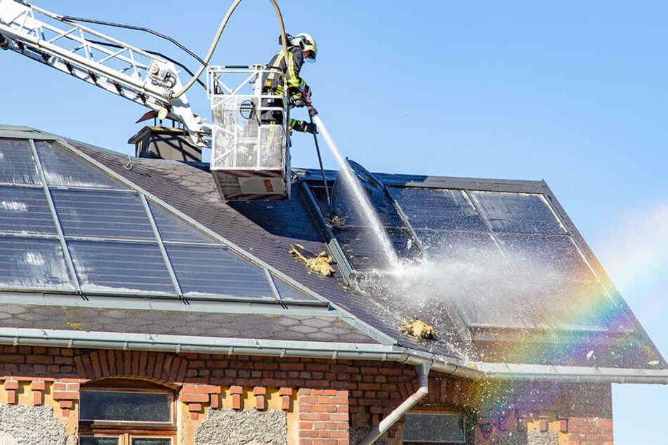Photovoltaik-Anlage löst Dachstuhlbrand aus
