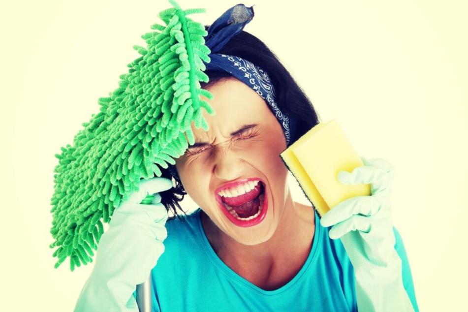 Mehr als die Hälfte der Männer findet, dass Hausarbeit immer noch Frauensache ist. (Symbolbild)