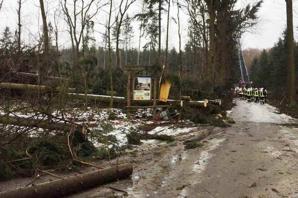 Im Berg-Gasthof Butterberg waren über Nacht 17 Menschen eingesperrt.
