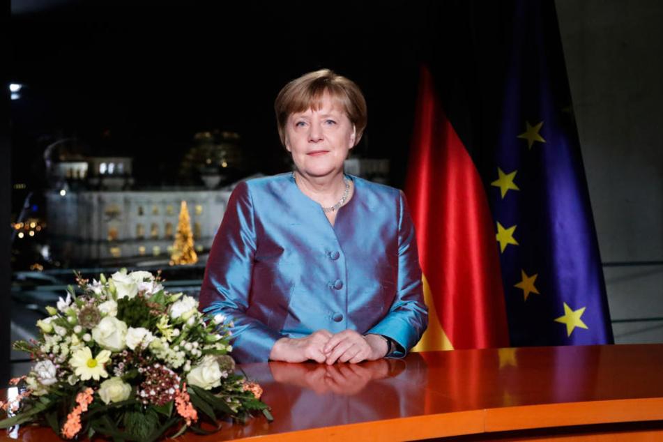 Neujahrsansprache: Merkel fordert Menschlichkeit gegen den Hass