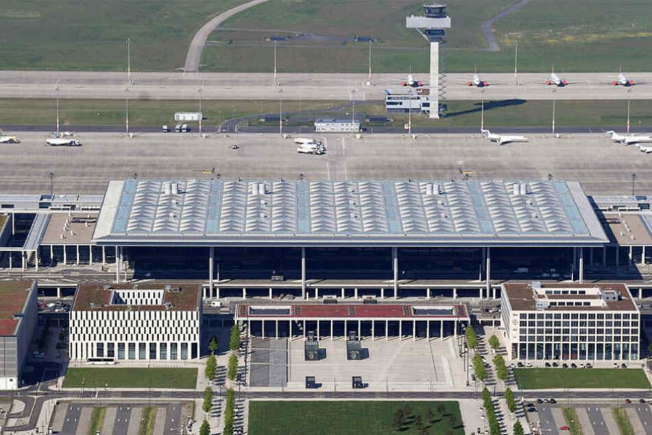 Im Oktober 2020 soll der Flughafen dann endlich eröffnet werden.