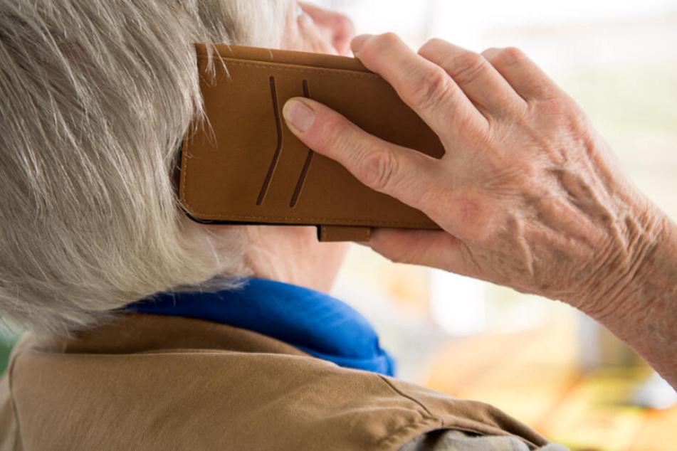 Chemnitz: Enkeltrick bei Rentnerin erfolgreich: Betrüger bekamen Tausende Euro