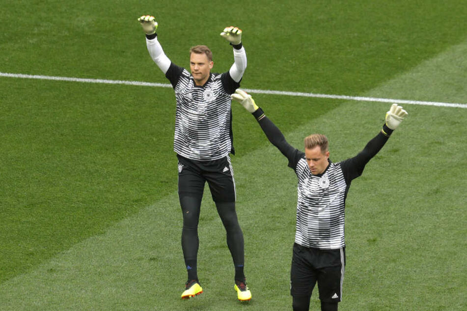 Marc-André ter Stegen (r) will Manuel Neuer als Nummer 1 der deutschen Nationalmannschaft ablösen.
