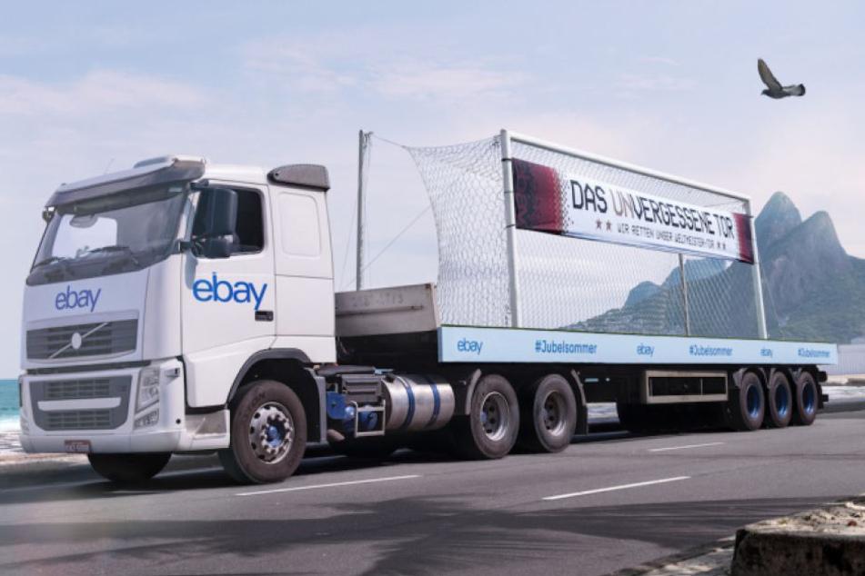 Der eBay-Truck mit dem Original-Tor macht als Erstes in Berlin Station.