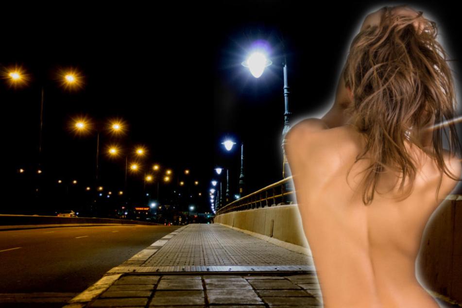 Nackte Damen verbreiten sich