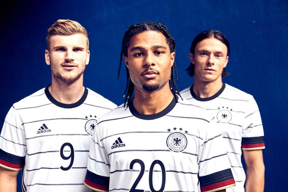 Timo Werner, Serge Gnabry und Nico Schulz im neuen Deutschland-Outfit.
