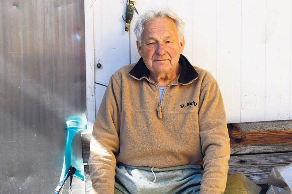 Harry S. (77) will zwar künftig nicht mehr schlachten lassen, aber seinen Laden möchte er schon wieder eröffnen.