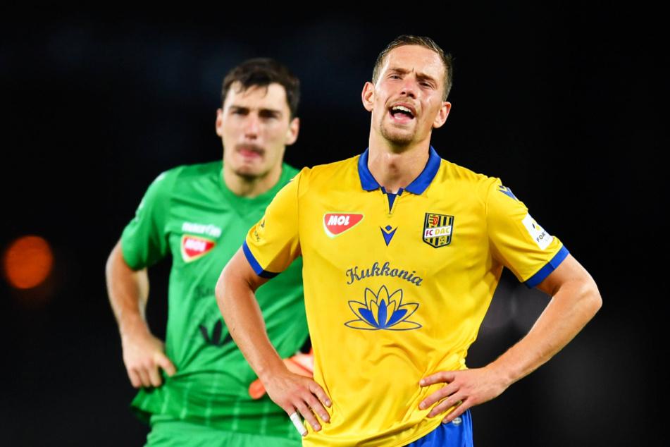 Jannik Müller (r., 26) ist beim DAC Dunajska Streda unumstrittener Stammspieler in der Innenverteidigung. Nach neun Siegen in neun Spielen, von denen er acht absolvierte, gab es beim LASK nun den ersten (heftigen) Rückschlag.