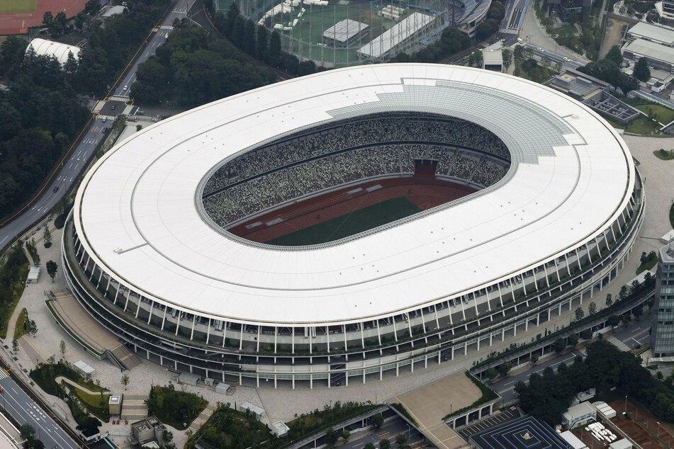 Japan, Tokio: Das Nationalstadion in Tokio, aufgenommen aus einem Hubschrauber von Kyodo News.