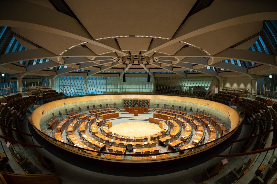 Grün, modern und ringförmig: NRW-Landtag soll um vier Gebäude erweitert werden
