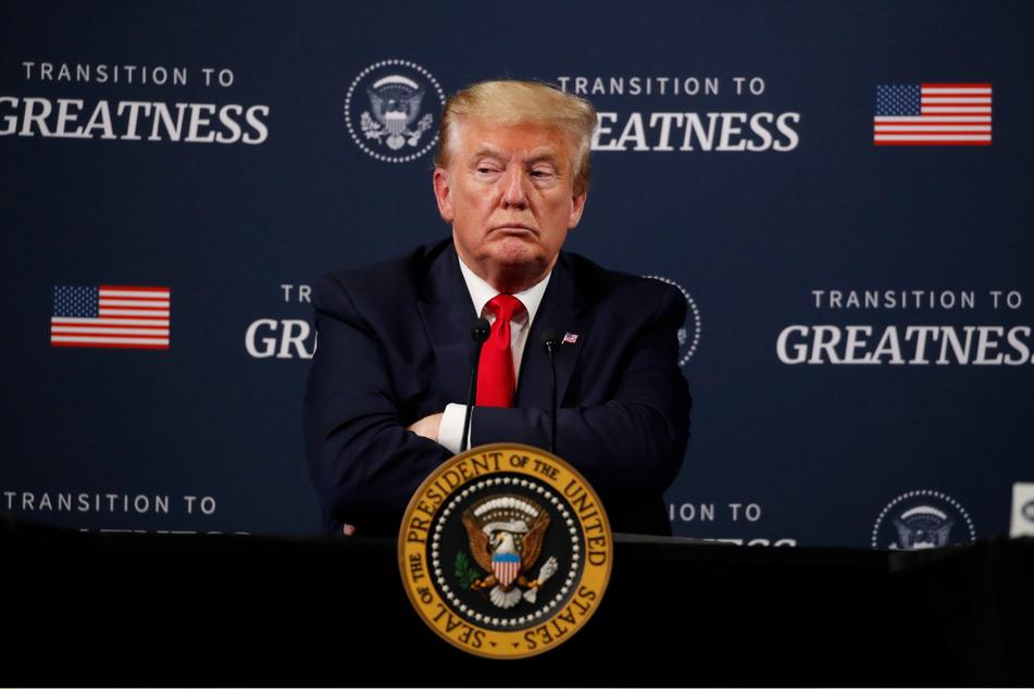 Donald Trump, Präsident der USA sorgte mit einer Aussage für Aufregung wonach er Chloroquin prophylaktisch einnehme, um sich vor dem Virus zu schützen.