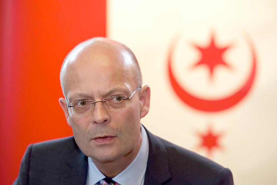 Halles Oberbürgermeister Bernd Wiegand sieht sich für den Bereich Personal im Rathaus zuständig.