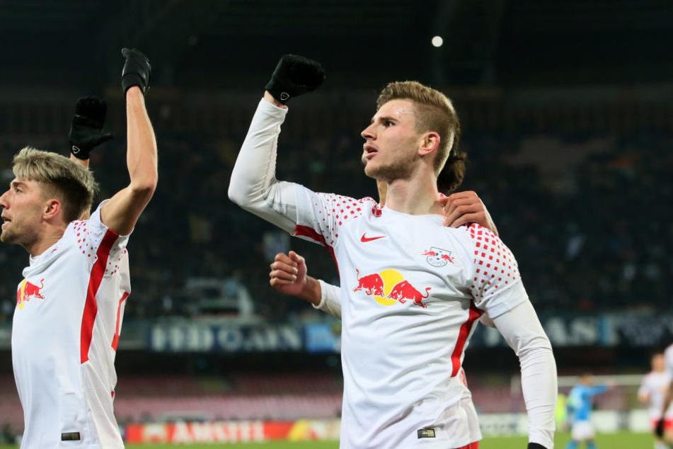 Siegerfaust! Kevin Kampl (l.) und Timo Werner bejubeln einen wichtigen wie verdienten Auswärtssieg in Neapel.