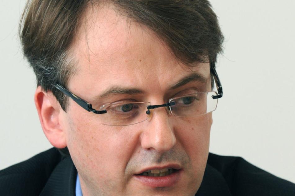 Für Finanzbürgermeister Michael Föll (CDU) ein besonderer Moment: Stuttgart ist schuldenfrei. (Symbolbild)