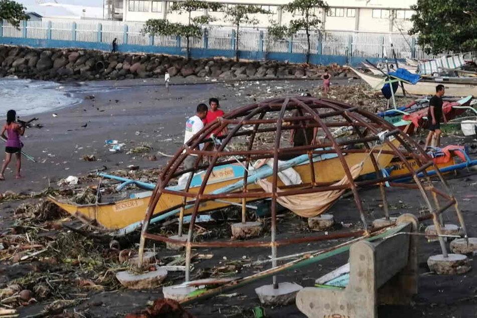 """Der Taifun """"Phanfone"""" hat Spuren der Verwüstung hinterlassen."""